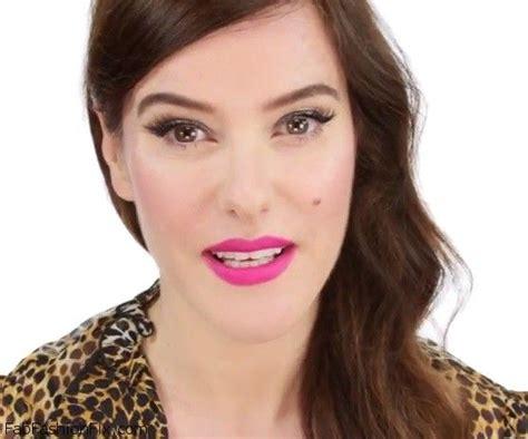 eyeliner tutorial lisa eldridge pink lips and flicked eyeliner makeup look archives fab