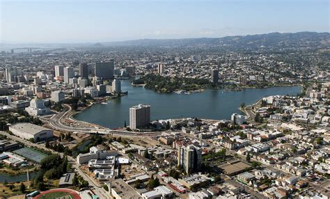 Oakland Search Boom Could Become A Bust For Oakland San Francisco Chronicle