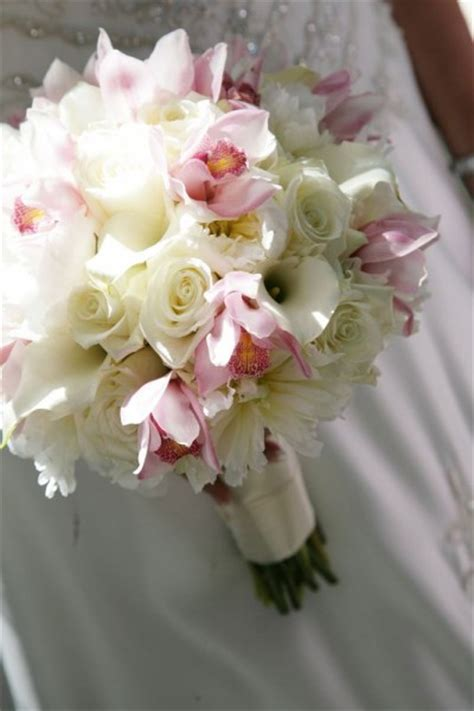 Wedding Bouquet Keeper by Help Can T Make A Decision On Flowers Weddingbee