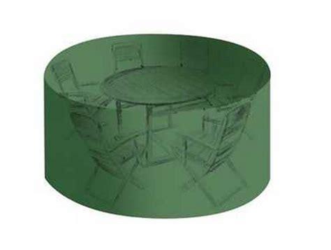 Délicieux Bache De Protection Table De Jardin #1: housse-haute-resistance-pour-salon-table-ronde-chaises.jpg