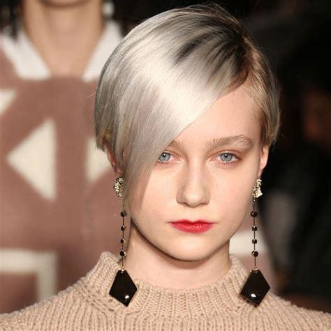 grau ist das neue blond kurzhaarfrisuren  die trends