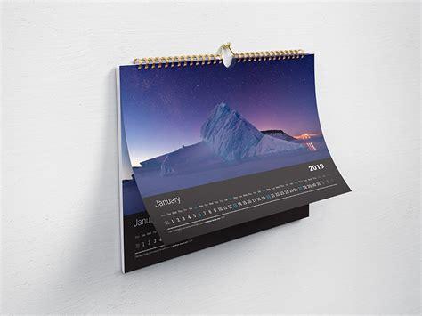 horizontal wall calendar mockup mockups design  premium mockups