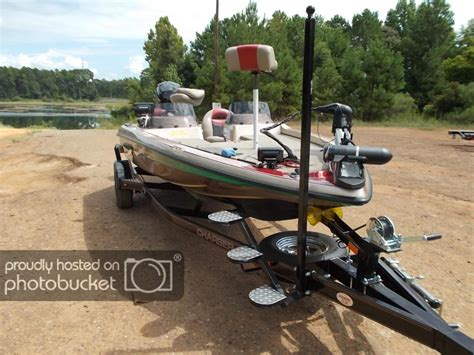 bass boat trailer step and pole trailer bow step