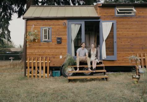 tiny house documentary tiny houses documentary australia timbuk