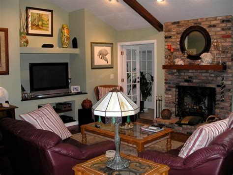 Living Room Focal Point No Fireplace by Living Room Has 2 Focal Points Fireplace And Built In
