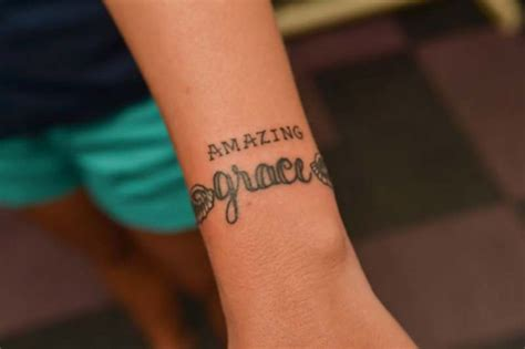 amazing grace tattoo designs 98 best lettering and scripts images on