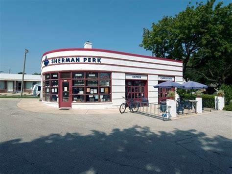 cadenas tire shop alice texas renovate old buildings old gas station into coffee shop