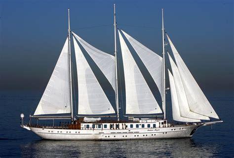 sailing boat dubai yacht dubai magic aegean yacht services charterworld