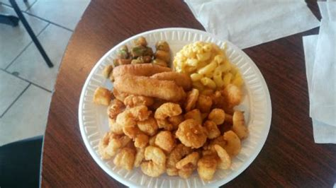 bogue house bogue house restaurant seafood restaurant 101 red barn rd in hubert nc tips and