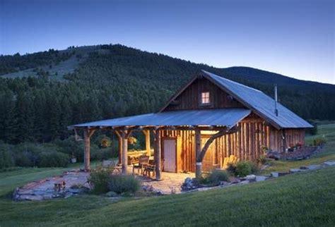 barn style cabins farm house designs for getaway retreats