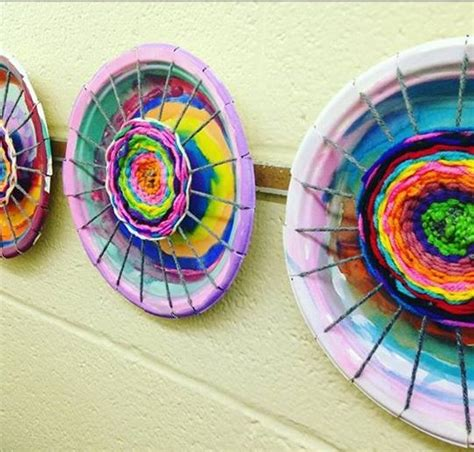 paper plate weaving craft paper plate circle weaving craft 171 preschool and homeschool