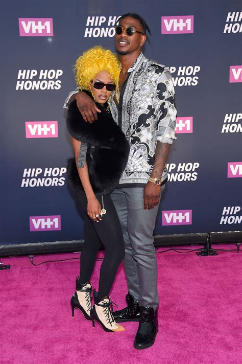 cardi b vh1 awards 25 memorable looks from vh1 s all hail the queens hip