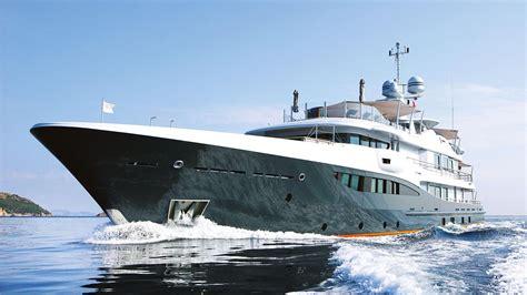 yacht gene machine crew of 55m amels gene machine rescues arc yacht boat