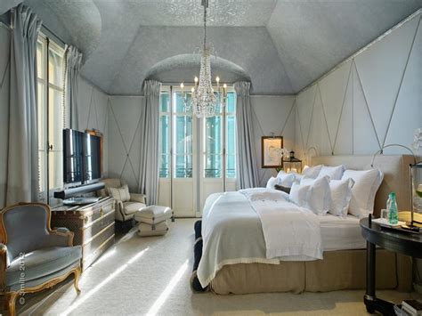 great gatsby inspired bedroom let s snoop around f scott fitzgerald s art deco french villa
