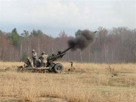 Q Q M119 J004y Original m119 105mm howitzer images