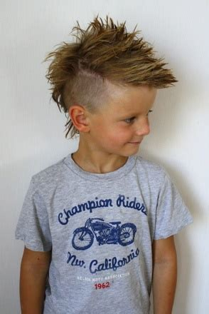 frisyrer barn frisyrer p 229 barn