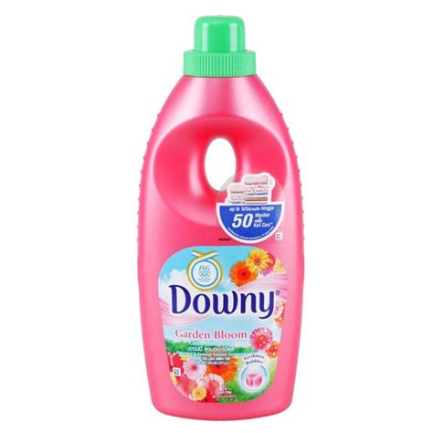 Downy Refill Sekali Bilas 800ml downy liquid detergent deals for only rp14 500 instead of