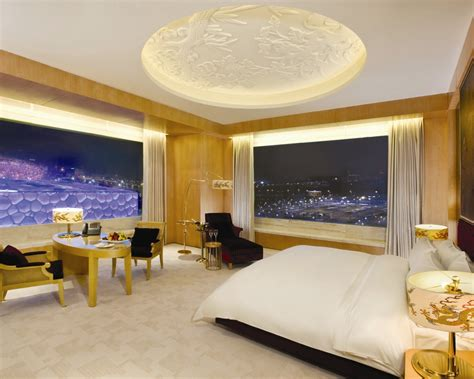 World Room by Top 10 Best Hotel Room Views In The World
