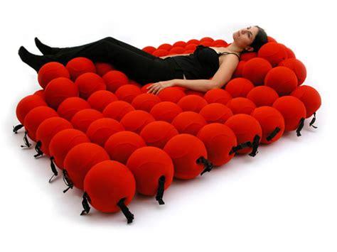 Sofa Untuk 2 Orang delapan sofa unik untuk ruang tamu anda lifestyle