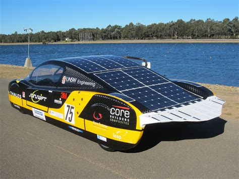 Solar Powered Cruise Cars Use The Sun On The Golf Course by Solar Powered Car Sunswift Breaks Land Speed Record