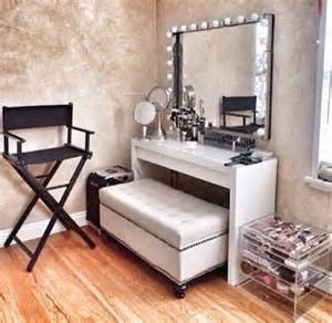 25 best ideas about dressing room decor on