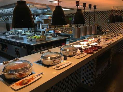 renaissance hotel buffet breakfast buffet picture of renaissance amsterdam hotel amsterdam tripadvisor