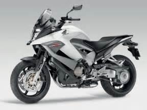 2011 honda crossrunner technical specifications
