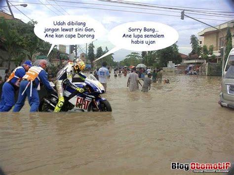 kumpulan gambar lucu banjir kocak ucapan gambar