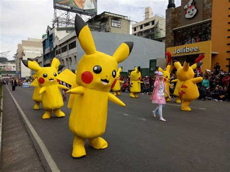 Oppo F1s Where Is Pikachu panagbenga 2017 float parade captured by oppo f1s lakbay