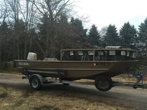 bowfishing boat packages 1872 seaark bowfishing boat 15000 lansing boats
