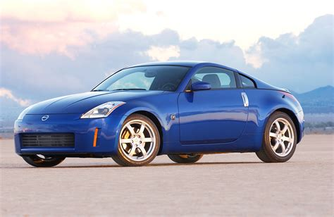blue nissan 350z vwvortex com it s december 8th 2004 what car are you