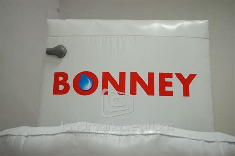 Bonnie Plumbing by Bonney Plumbing S Toilet For Half Time Soccer