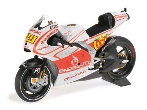 Miniatur Motogp Ducati Skala 1 12 Diecast Andrea Dovizioso Motor Gp ducati desmosedici gp13 29 andrea iannone motogp 2013