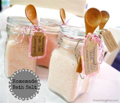 Handmade Presents - diy gifts for everythingetsy