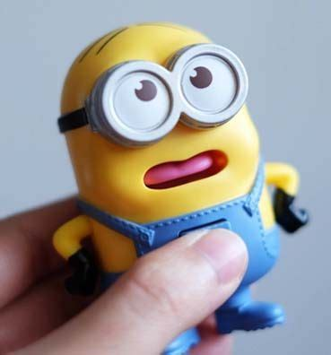 Mainan Happy Meal Mcdonalds Minion happy meal minion 2017 indonesia mainan dan