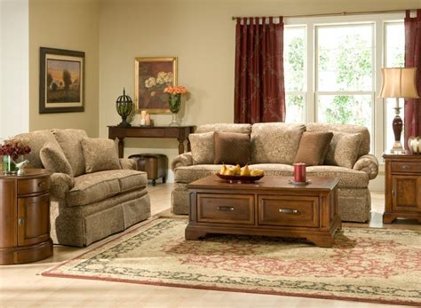 Raymour And Flanigans Lauren Sofa Club Chairs Living Room Living Room Sofa And Chair Sets