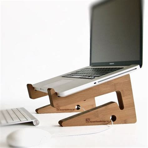 laptop desk riser m 225 s de 25 ideas incre 237 bles sobre muebles de madera en