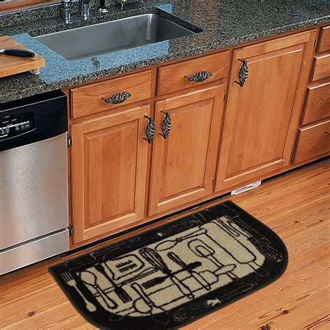 Kitchen Carpets Mats by Garland Rug Town Square 2pc Kitchen Rug Slice And Mat 18
