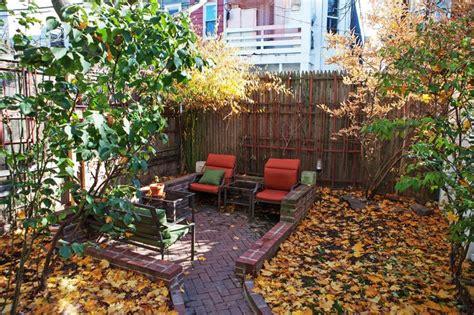 backyard brooklyn brooklyn townhouse backyard brooklyn garden pinterest