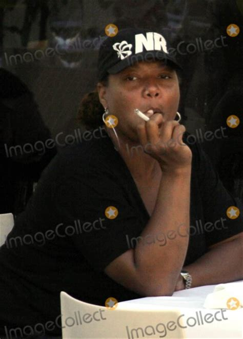 queen latifah tattoo behind her ear photos and pictures exclusive queen latifah shows off