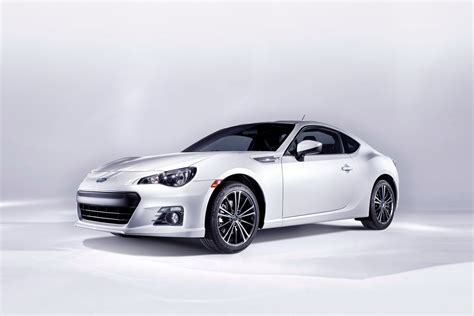 sport subaru brz new subaru brz sports coupe first official pictures of