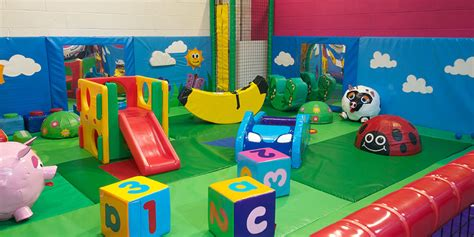 Kids Craft Center - lets play one of the biggest play centeres in the north west giddy kids preston