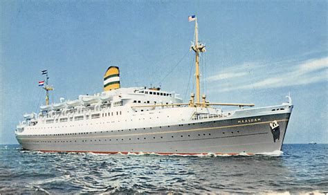 schip holland amerika lijn in rotterdam holland america line rotterdam s s maasdam scheepvaart