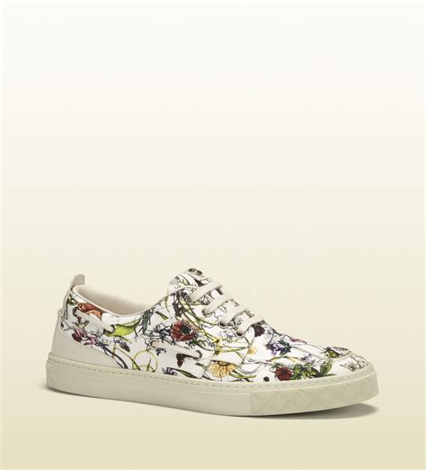 gucci flora sneaker gucci infinity canvas flora sneaker in white for lyst