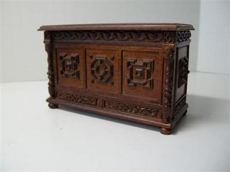 doll house makers dollhouse miniature famous maker furniture 6271 tudor chest ebay