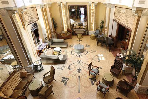 divani per hotel arredare interni hotel arredamento contract arredo