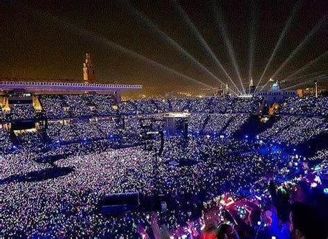 coldplay on tour 25 best ideas about coldplay concert on pinterest