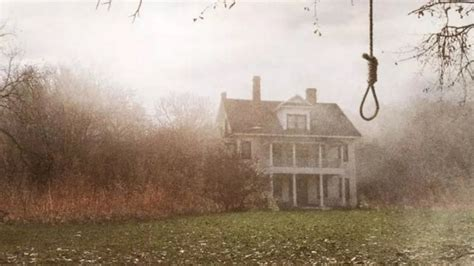 owners of rhode island house in the conjuring to sue
