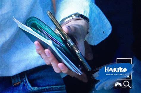 Jam Tangan Exo Lucky One Element tajir abis satu tangan baekhyun exo ini seharga rp 258
