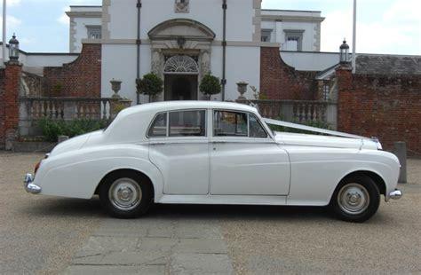 modern wedding cars east car hire horsham vw beetle classic vw beetle for wedding hire in horsham white vintage wedding